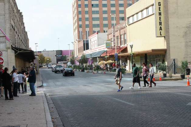 "For a few hours, West Commerce becomes a ""Better Block"" on Saturday, Dec. 8, 2012. Photo: Libby Castillo, MySA.com"
