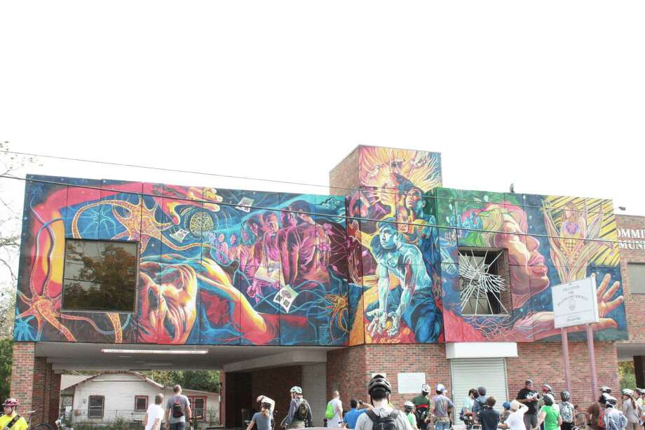 San Anto Cultural Arts Mural Bike Tour on Saturday, Dec. 8, 2012. Photo: Libby Castillo, MySA.com