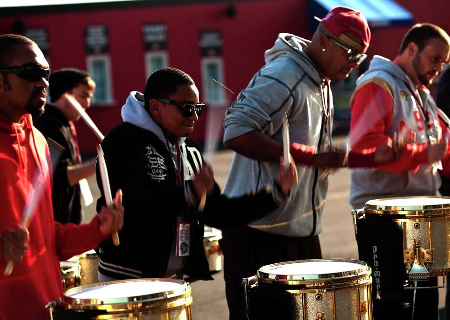 Keelan Tobia, center, a world champion snare soloist, warms up with The Niner Noise drum line during practice before the 49ers' game against the St. Louis Rams at Candlestick Park in San Francisco, Calif., Sunday, November 11, 2012. Photo: Jason Henry, Special To The Chronicle / ONLINE_YES