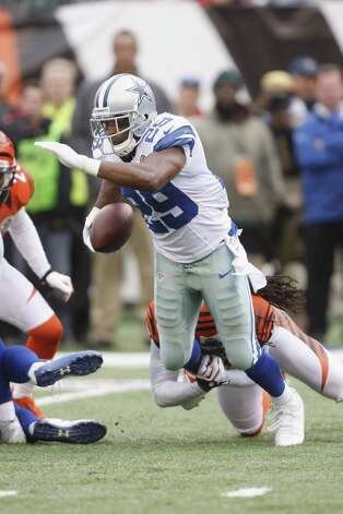 DeMarco Murray #29 of the Dallas Cowboys runs the ball upfield during the game against the Cincinnati Bengals at Paul Brown Stadium on December 9, 2012 in Cincinnati, Ohio. Photo: John Grieshop, Getty Images / 2012 Getty Images
