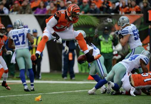 Cincinnati Bengals strong safety Taylor Mays (26) reacts after being called for a personal foul against the Dallas Cowboys in an NFL football game, Sunday, Dec. 9, 2012, in Cincinnati. (AP Photo/Michael Keating) Photo: Michael Keating, Associated Press / FR170759 AP