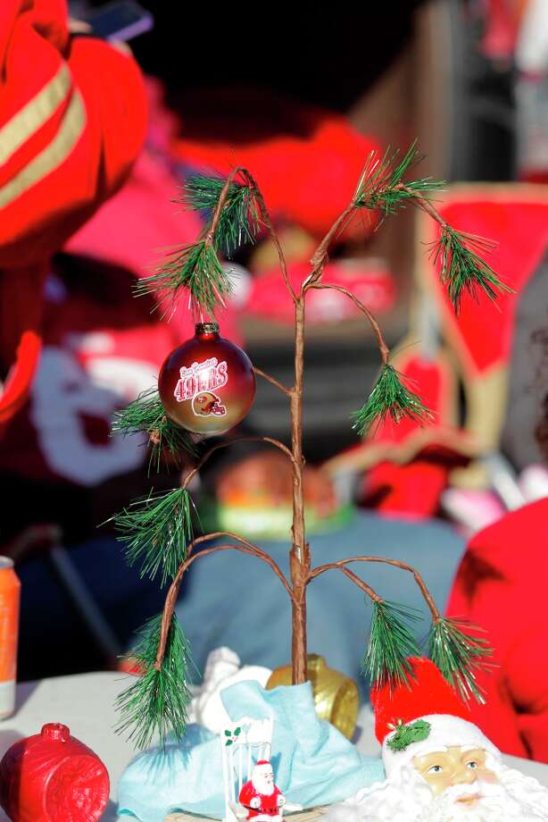 It's beginning to look a  lot like 49ers Christmas at tailgates before the San Francisco 49ers game against the Miami Dolphins at Candlestick Park in San Francisco, Calif., on Sunday December 9, 2012. Photo: Brant Ward, The Chronicle / ONLINE_YES