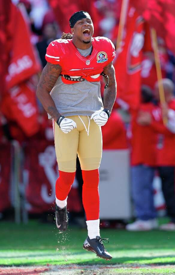 San Francisco 49ers free safety Dashon Goldson comes onto the field at the start of an NFL football game against the Miami Dolphins in San Francisco, Sunday, Dec. 9, 2012. Photo: Marcio Jose Sanchez, Associated Press / AP