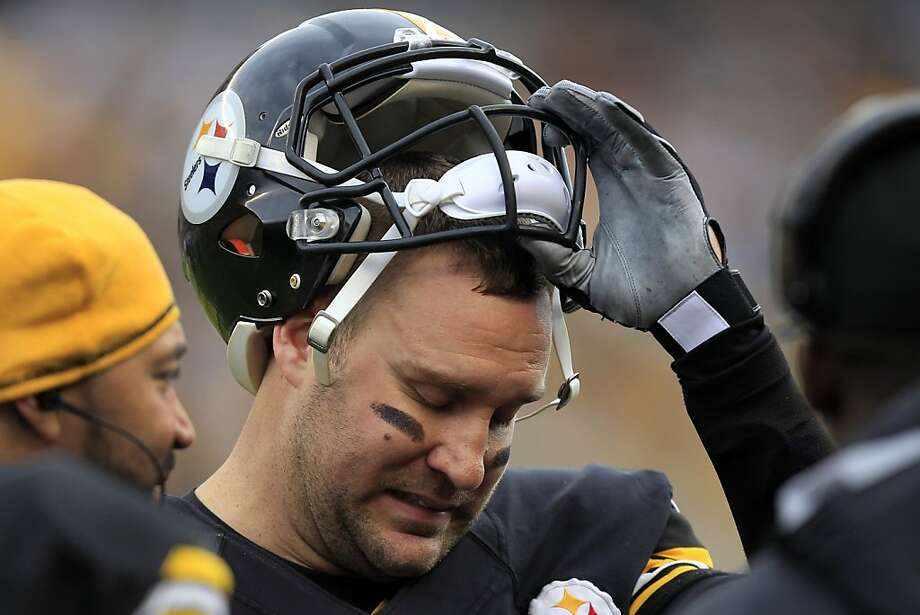 Ben Roethlisberger had a rough time in his first game in nearly a month, throwing an interception and having a botched screen pass turn into a Chargers score. Photo: Gene J. Puskar, Associated Press
