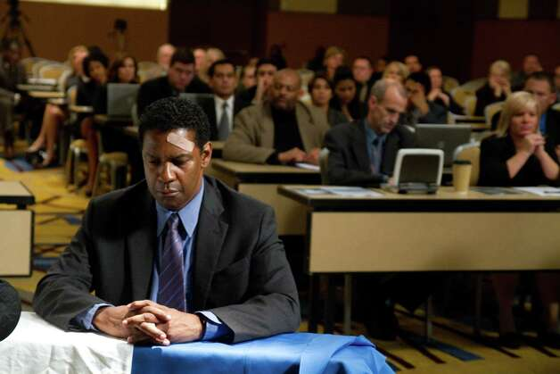 "Best actor contender, Denzel Washington in ""Flight"": He commands the movie much like his character commands the cockpit. Photo: Robert Zuckerman, Paramount Pictures / Paramount Pictures"