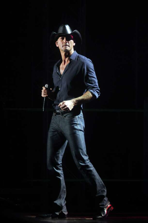 Tim McGraw's choice will be a true game-time decision.  Photo: Dave Rossman, Freelance / © 2012 Dave Rossman