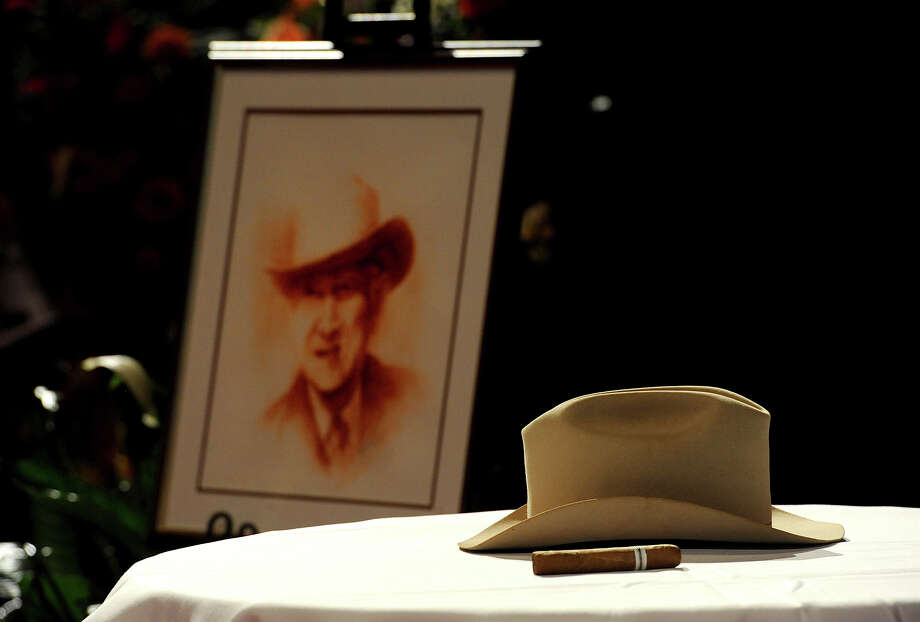 Former congressman Jack Brooks' Stetson hat and a cigar were display at his Celebration of Life service. Photo: Guiseppe Barranco, STAFF PHOTOGRAPHER / The Beaumont Enterprise