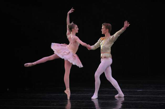 New York City Ballet dancers Wendy Whelan and Chase Finlay