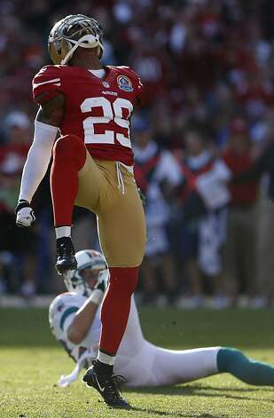 Cornerback Chris Culliver (29) celebrates after breaking up a pass intended for wide receiver Brian Hartline (82)in the third quarter of the San Francisco 49ers game against the Miami Dolphins at Candlestick Park in San Francisco, Calif., on Sunday December 9, 2012. Photo: Stephen Lam, Special To The Chronicle