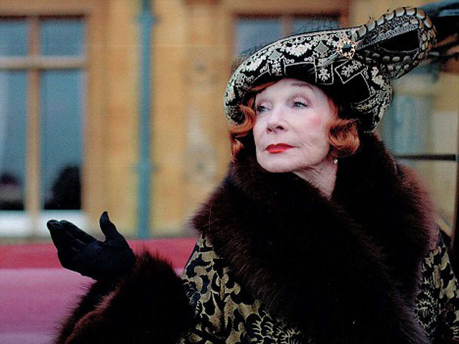 Shirley MacLaine guest stars as Cora's feisty American mom. Photo: © CarnivalFilms/NickBriggs