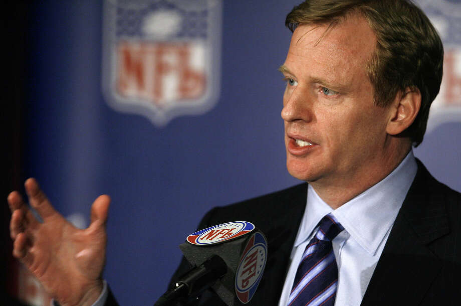NFL Commissioner Roger Goodell Photo: M. SPENCER GREEN, Associated Press / 2006 AP