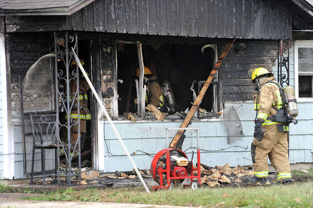 Beaumont Police are investigating a Monday morning fire that is thought to have been started by a 12-year-old boy. A neighbor said the boy was home alone when the fire occurred on the 3700 block of Lynwood. No injuries were reported. Photo taken December 10, 2012 Guiseppe Barranco/The Enterprise Photo: Guiseppe Barranco, STAFF PHOTOGRAPHER / The Beaumont Enterprise