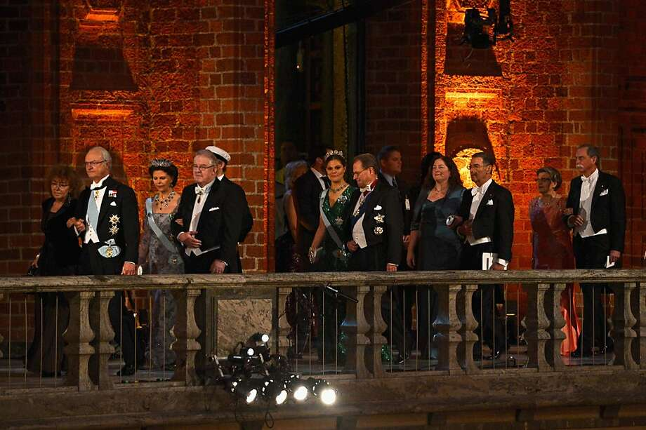 STOCKHOLM, SWEDEN - DECEMBER 10:  (L-R) Guest, King Carl XVI Gustaf of Sweden, Queen Silvia of Sweden, Marcus Storch, Chairman of the Board of the Nobel Foundation, Crown Princess Victoria of Sweden, Per Westerberg, guest, Nobel Prize in Physics laureate Professor Serge Haroche of France, guest and Nobel Prize in Physics laureate Dr David J. Wineland of the USA, arrive at the Nobel Banquet after the 2012 Nobel Prize Ceremony at Town Hall on December 10, 2012 in Stockholm, Sweden. Photo: Pascal Le Segretain, Getty Images