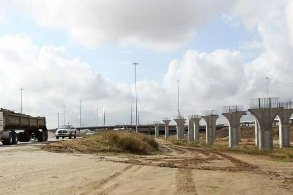 Signs of road construction and slow traffic, like that here in the U.S. 290 and North Loop interchange, will become more common next year as U.S. 290 is widened.