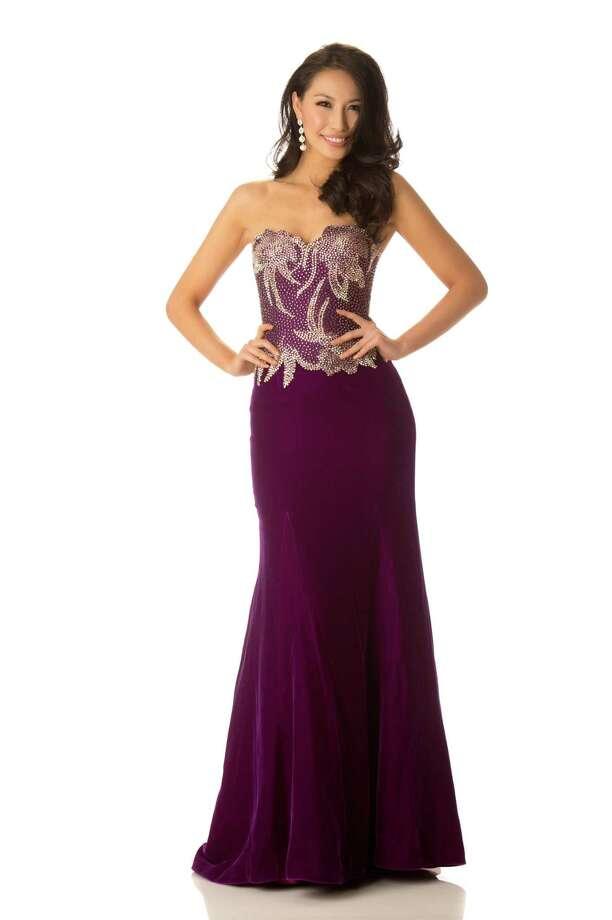 Miss China 2012, Ji Dan Xu, poses in her evening gown. Photo: Matt Brown, Miss Universe Organization / Miss Universe Organization