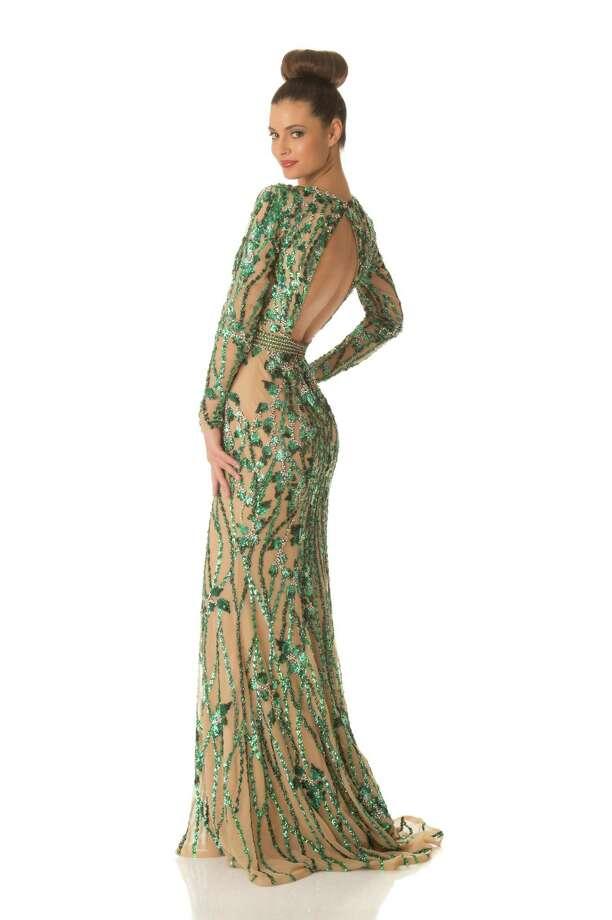 Miss Croatia 2012, Elizabeta Burg, poses in her evening gown. Photo: Matt Brown, Miss Universe Organization / Miss Universe Organization