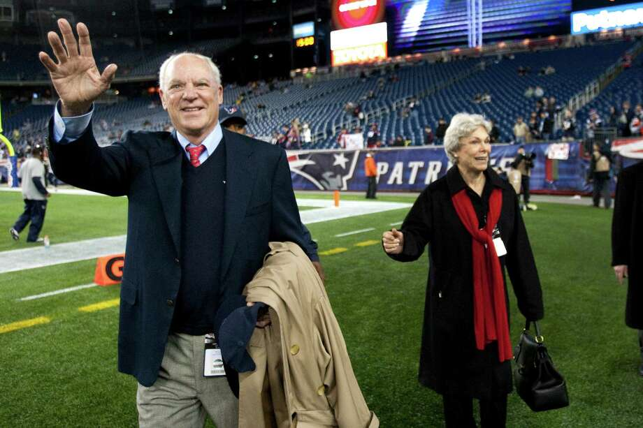 Texans owner Bob McNair, left, waves as he walks of the field with his wife, Janice. Photo: Brett Coomer, Houston Chronicle / © 2012  Houston Chronicle