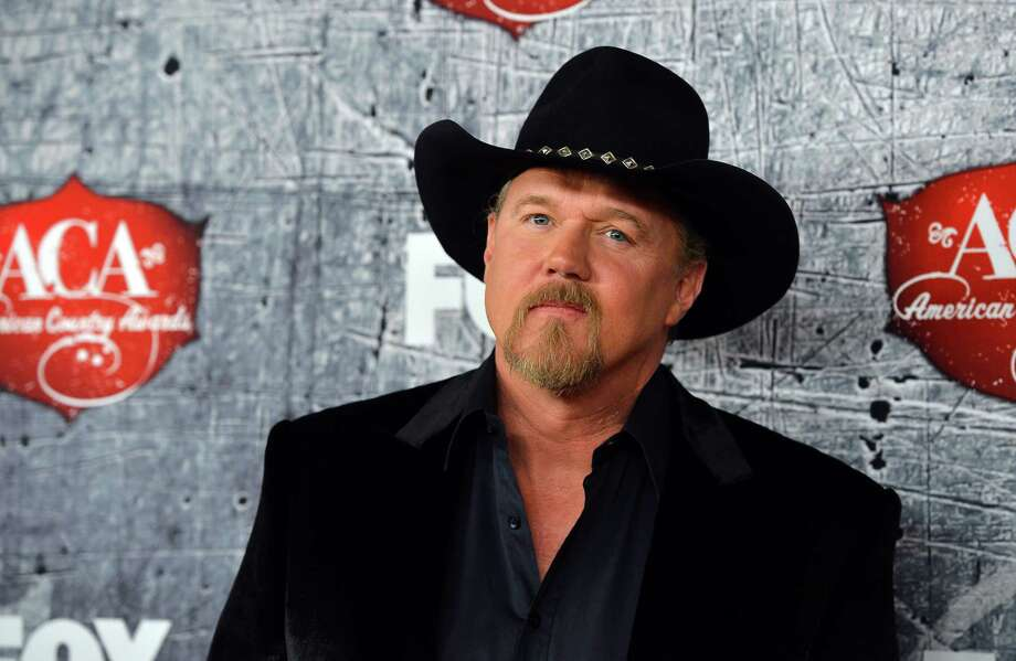 Co-host Trace Adkins arrives. Photo: Frazer Harrison, Getty Images / 2012 Getty Images