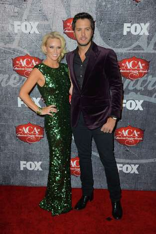 Singer Luke Bryan (R) and Caroline Boyer arrive. Photo: Frazer Harrison, Getty Images / 2012 Getty Images