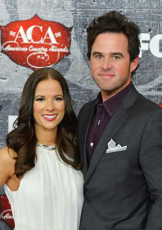Recording artist David Nail (R) and his wife Catherine Nail arrive. Photo: Frazer Harrison, Getty Images / 2012 Getty Images
