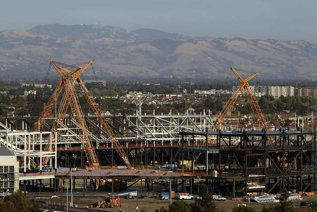 The 49ers' stadium is already taking shape in Santa Clara; don't expect to see this sight in Oakland anytime soon. Photo: Carlos Avila Gonzalez - San Fran, The Chronicle