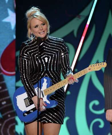 Musician Miranda Lambert accepts the Single by a Female Artist award onstage. Photo: Mark Davis, Getty Images / 2012 Getty Images