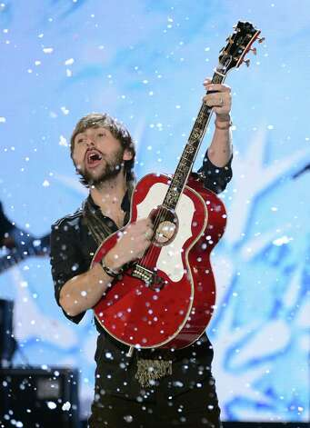 Musician Dave Haywood of Lady Antebellum performs onstage. Photo: Mark Davis, Getty Images / 2012 Getty Images