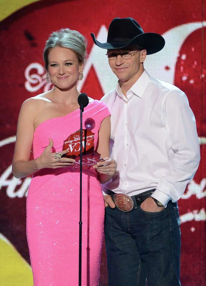 Presenters Jewel and Ty Murray speak onstage. Photo: Mark Davis, Getty Images / 2012 Getty Images
