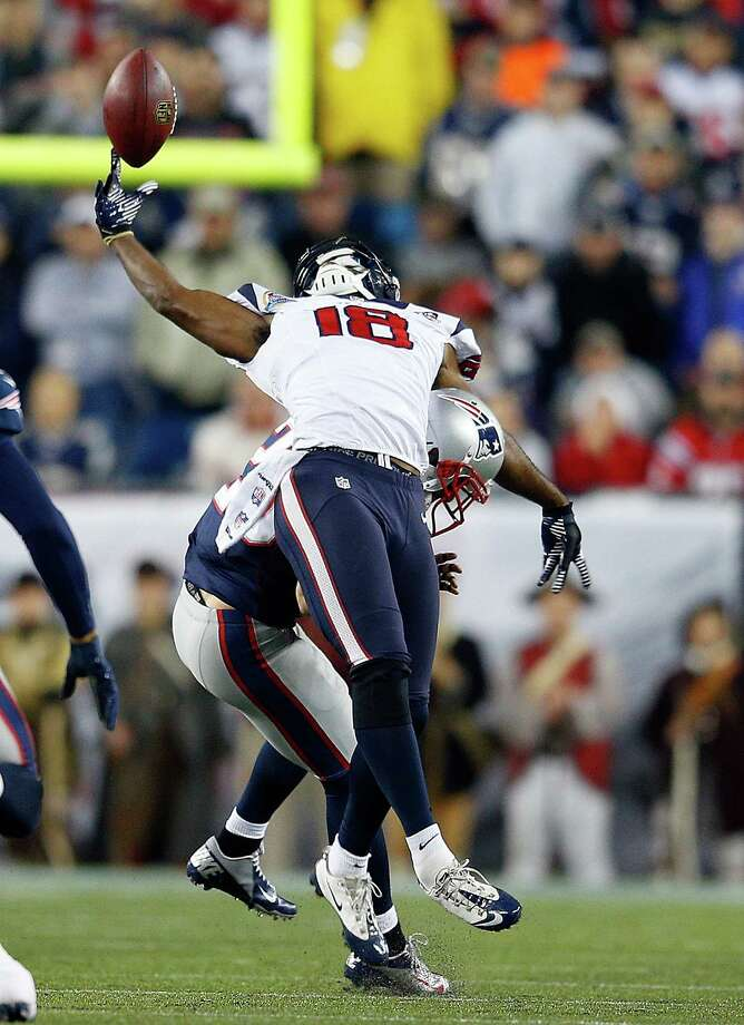 FOXBORO, MA - DECEMBER 10:  Steve Gregory #28 of the New England Patriots breaks up a pass intended for Lestar Jean #18 of the Houston Texans in the first half at Gillette Stadium on December 10, 2012 in Foxboro, Massachusetts. (Photo by Jim Rogash/Getty Images) Photo: Jim Rogash / 2012 Getty Images