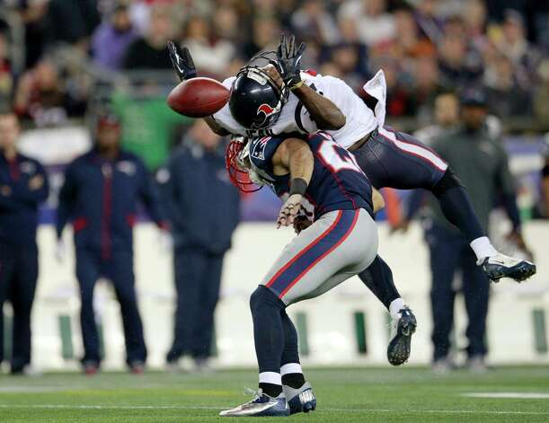New England Patriots strong safety Steve Gregory (28) breaks up a pass intended for Houston Texans wide receiver Lestar Jean, right, during the second quarter of an NFL football game in Foxborough, Mass., Monday, Dec. 10, 2012. (AP Photo/Steven Senne) Photo: Steven Senne, Associated Press / AP