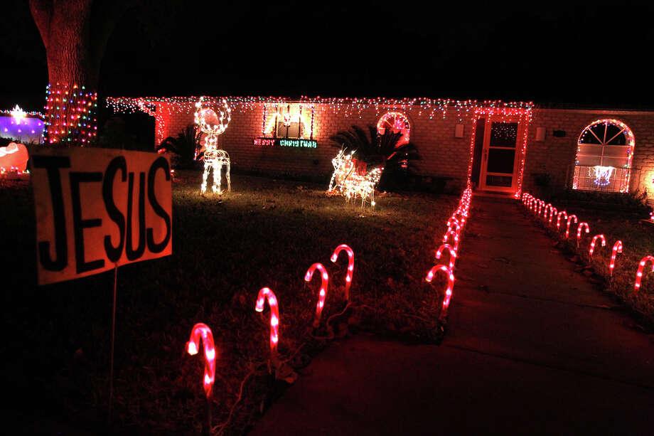 express news file photo photo jennifer whitney special to the express news - Windcrest Christmas Lights