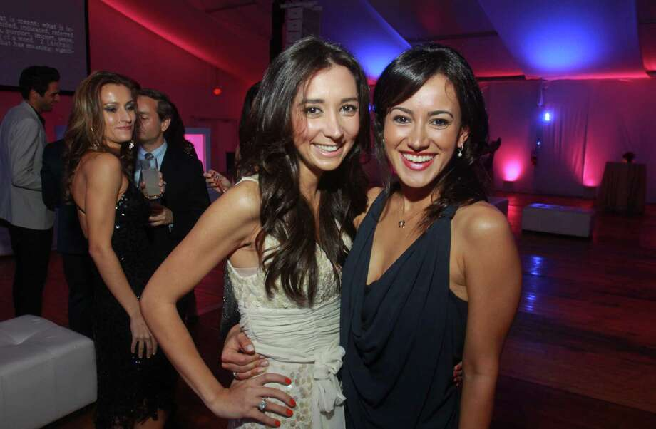 Hasti Taghi, left, and Maryam Afshari at Bleu Electrique, the Menil Contemporaries' party for the Menil Collection's 25th anniversary Dec. 1. Photo: Gary Fountain, For The Chronicle / Copyright 2012 Gary Fountain.