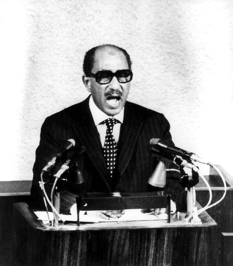 1977: Egyptian president Anwar El Sadat Photo: Associated Press / 1977 AP