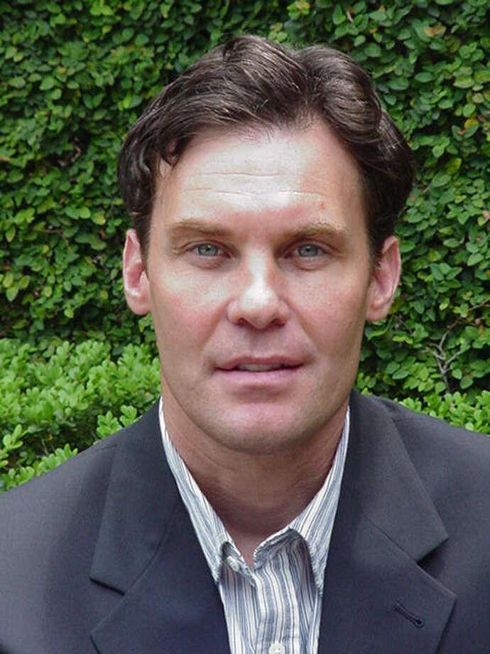 Glenn Davis, soccer columnist and reporter. / handout email