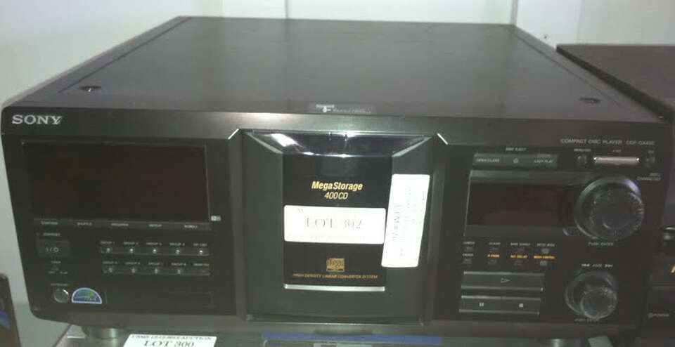 This Sony Mega Storage 400 CD unit is being auctioned by the U.S. Marshals Office.