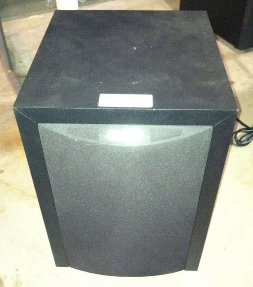 This Polk audio speaker is being auctioned by the U.S. Marshals Office. Photo: Picasa, .