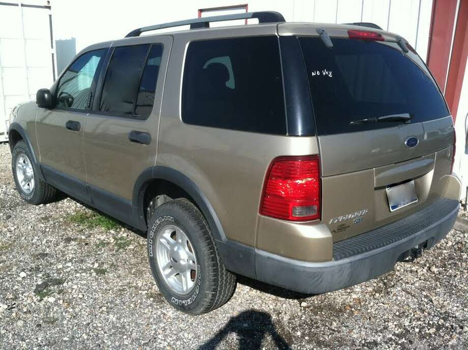 This 2003 Ford Explorer is being auctioned by the Harris County DA's Office. Photo: Picasa, Apple Towing