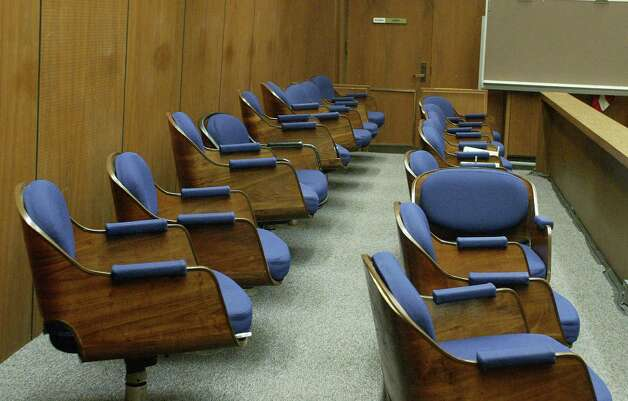 LOS ANGELES - MAY 4:  Seats in the jury box sit empty during a hearing at Los Angeles Superior Court May 4, 2007 in Los Angeles, California.  Spector is accused of the murder of actress Lana Clarkson who was found shot dead in Spector's home February 3, 2003. (Photo by Fred Prouser-Pool/Getty Images) Photo: Pool, Getty Images / 2007 Getty Images