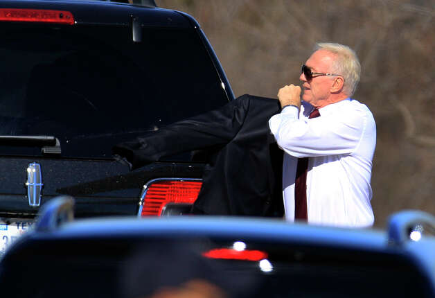 Dallas Cowboys football team owner Jerry Jones arrives at a memorial service for player Jerry Brown at Oak Cliff Bible Fellowship Tuesday, Dec. 11, 2012, in Dallas. (AP Photo/LM Otero) Photo: LM Otero, Associated Press / AP