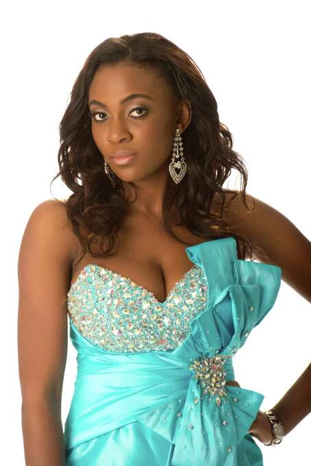 Miss Nigeria 2012, Isabella Agbor Ojong Ayuk, poses in her evening gown. Photo: Matt Brown, Miss Universe Organization / Miss Universe Organization