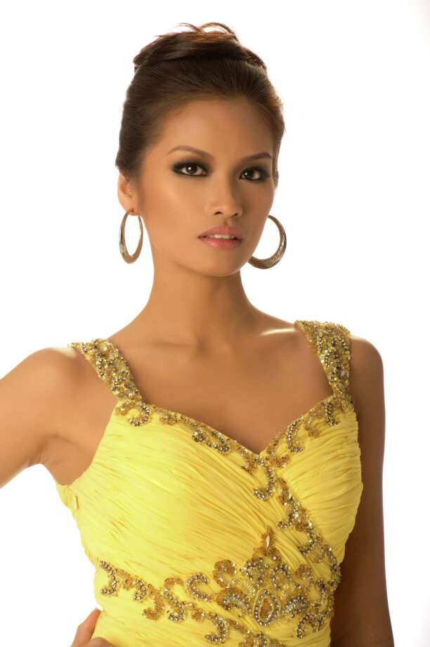 Miss Philippines 2012, Janine Tugonon, poses in her evening gown. Photo: Matt Brown, Miss Universe Organization / Miss Universe Organization