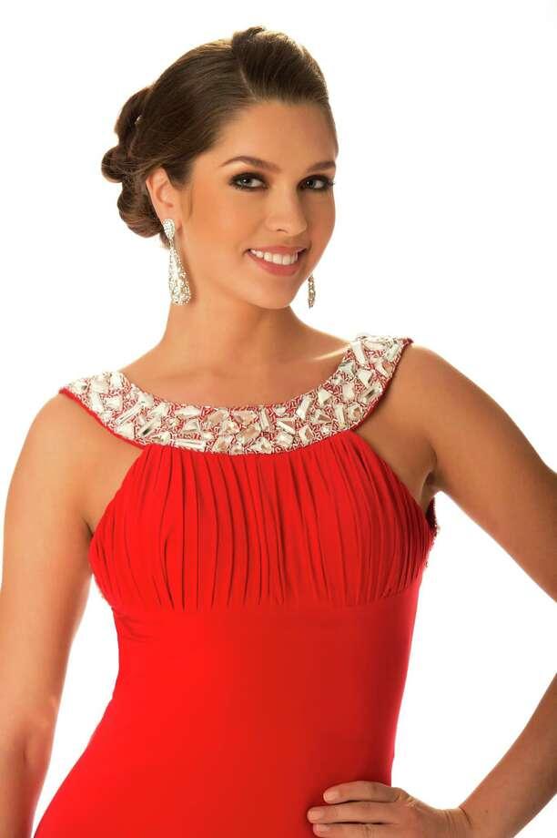 Miss Russia 2012, Elizabeth Golovanova, poses in her evening gown. Photo: Matt Brown, Miss Universe Organization / Miss Universe Organization