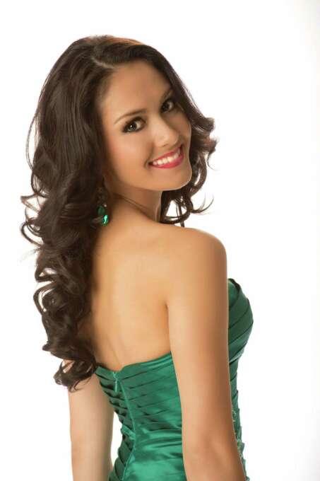 Miss Thailand 2012, Nutpimon Farida Waller, poses in her evening gown. Photo: Matt Brown, Miss Universe Organization / Miss Universe Organization