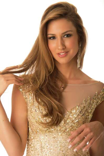 Miss Turkey 2012, Cagil Ozge Özkul, poses in her evening gown.