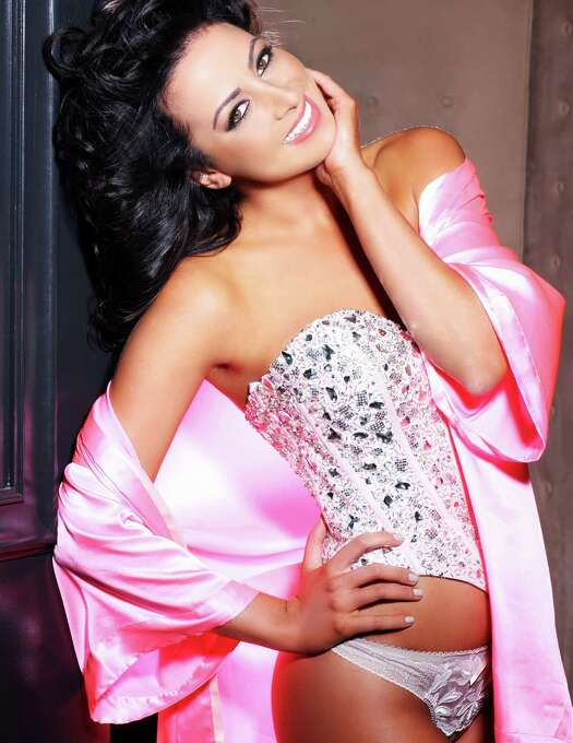 Miss Costa Rica 2012, Nazareth Cascante, is photographed by renowned fashion photographer Fadil Berisha. Photo: Fadil Berisha, Miss Universe Organization / Miss Universe Organization