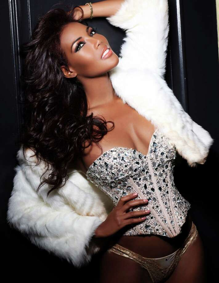 Miss Curacao 2012, Monifa Jansen, is photographed by renowned fashion photographer Fadil Berisha. Photo: Fadil Berisha, Miss Universe Organization / Miss Universe Organization