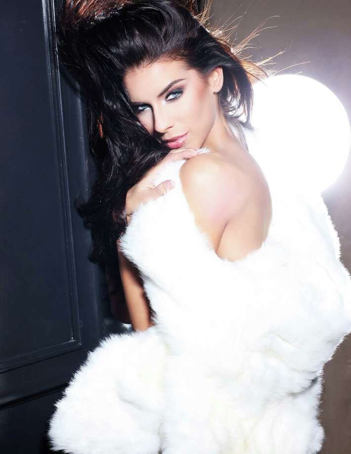 Miss Ireland 2012, Adrienne Murphy, is photographed by renowned fashion photographer Fadil Berisha. Photo: Fadil Berisha, Miss Universe Organization / Miss Universe Organization