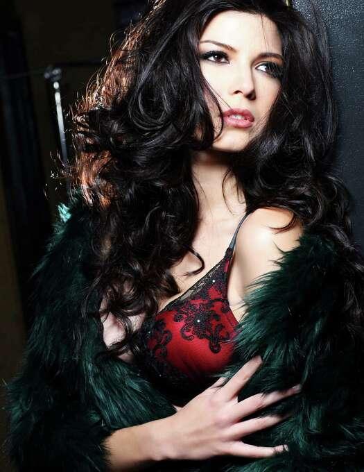 Miss Peru 2012, Nicole Faveron, is photographed by renowned fashion photographer Fadil Berisha. Photo: Fadil Berisha, Miss Universe Organization / Miss Universe Organization