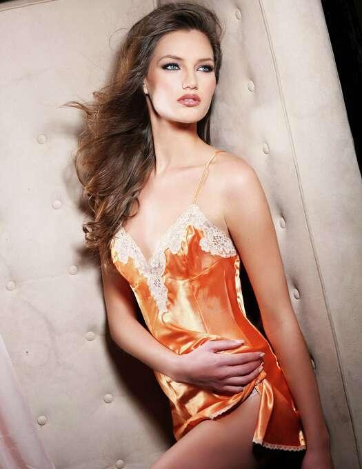 Miss Serbia 2012, Branislava Mandić, is photographed by renowned fashion photographer Fadil Berisha. Photo: Fadil Berisha, Miss Universe Organization / Miss Universe Organization