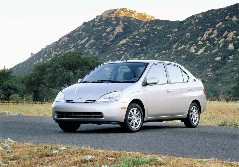 2001 Toyota Prius: The Toyota Prius is the go-to hybrid car on the market, but it wasn't when it was introduced. The hybrid was slow, sluggish and looked boring. It took Toyota a few years to perfect the Prius. (Photo: Toyota Motor Company)